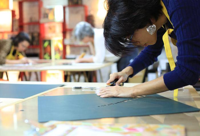 Vivências artísticas: transformando papel em obra de arte