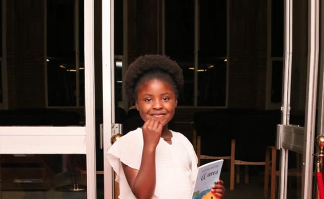 Menina de sete anos de idade está entre os melhores escritores infantis do mundo