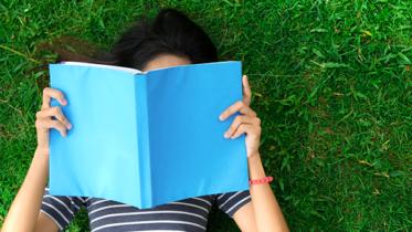 5 prazeres que só quem ama ler vai entender realmente!