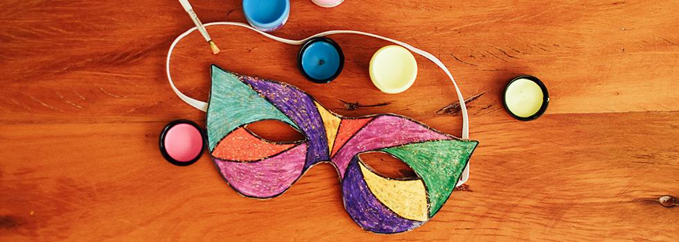 Aprenda Como se Faz uma Máscara de Carnaval e divirta-se com estilo e criatividade!