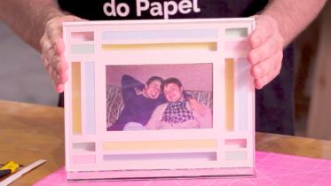 Como Se Faz: Aprenda a criar um porta-retrato com papel