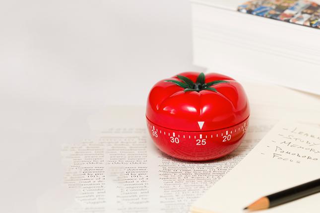 Veja como otimizar o seu trabalho com um relógio, um lápis e uma folha de Chamex
