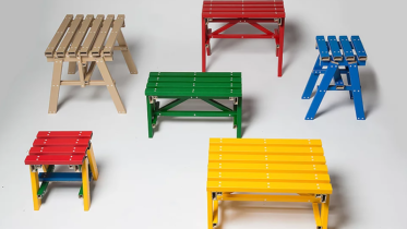 Parece madeira, mas não é. Estúdio de design coreano cria coleção de mesas feitas de papelão